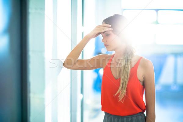 疲れ 女性実業家 壁 オフィス 企業 ストックフォト © wavebreak_media