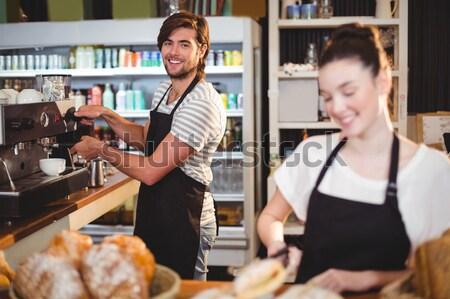 Garson fincan kahve kafe adam Stok fotoğraf © wavebreak_media