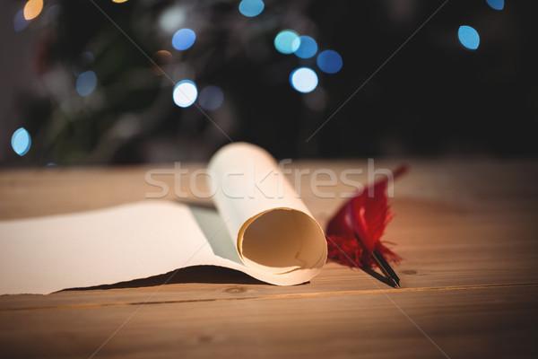 Oude scroll papier houten tafel home leuk Stockfoto © wavebreak_media