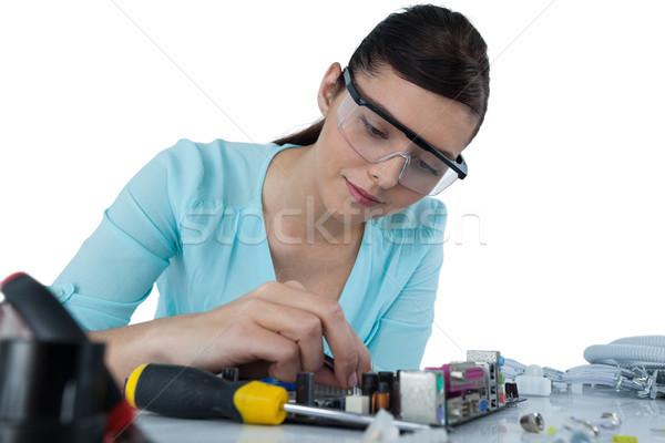 Női számítógép mérnök javít alaplap fehér Stock fotó © wavebreak_media