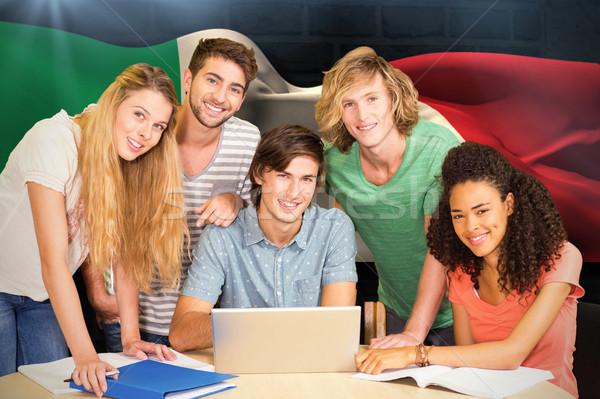 Görüntü kolej Öğrenciler dizüstü bilgisayar kullanıyorsanız kütüphane Stok fotoğraf © wavebreak_media