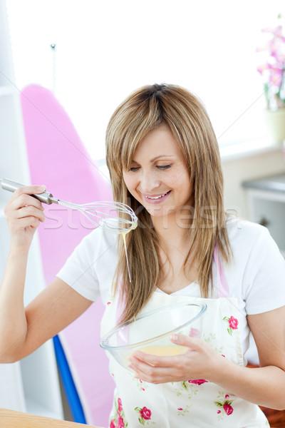 Ravi femme repas cuisine maison alimentaire Photo stock © wavebreak_media