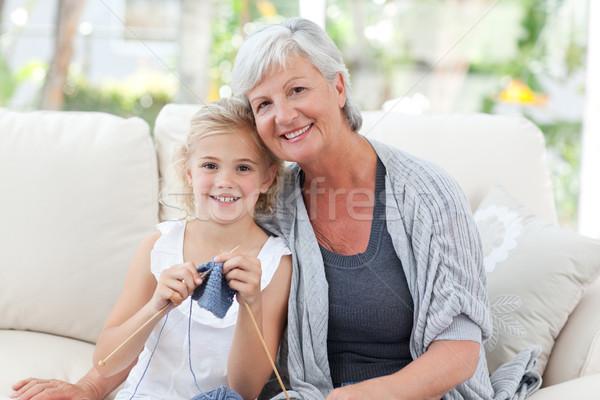 Foto stock: Senior · neta · olhando · câmera · casa · menina