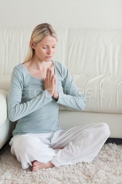 Nyugodt nő ül szőnyeg jóga pihen Stock fotó © wavebreak_media