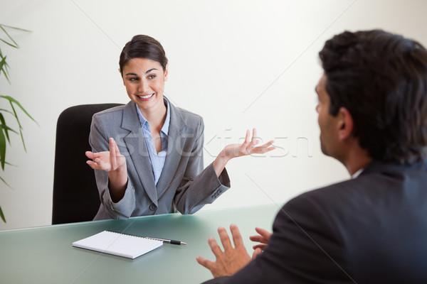 Sonriendo gerente empleado oficina negocios reunión Foto stock © wavebreak_media