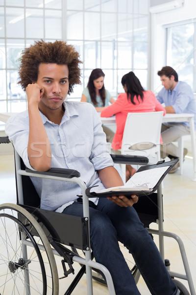 Achtersteven zakenman rolstoel ontwerper camera kantoor Stockfoto © wavebreak_media