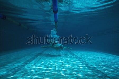 Montare nuotatore formazione proprio piscina tempo libero Foto d'archivio © wavebreak_media