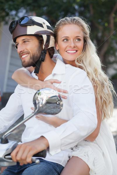 Cute Paar Reiten Roller Stadt Stock foto © wavebreak_media