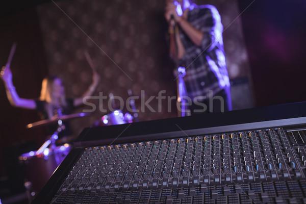 Geluid mixer nachtclub prestaties vrouw man Stockfoto © wavebreak_media