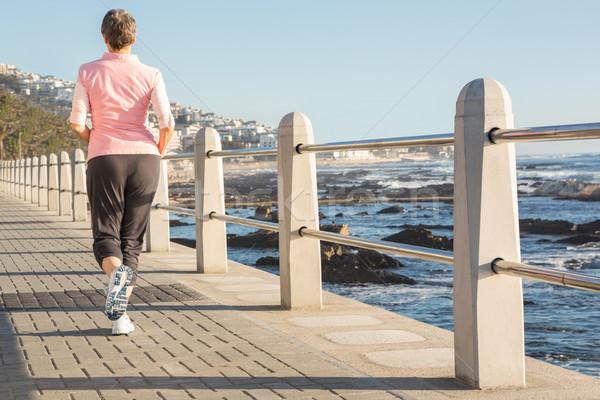 背面図 スポーティー 女性 ジョギング 遊歩道 ストックフォト © wavebreak_media