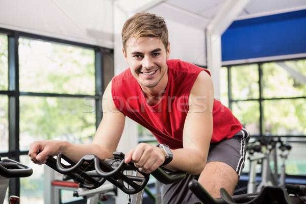 Uomo esercizio bike classe palestra Foto d'archivio © wavebreak_media