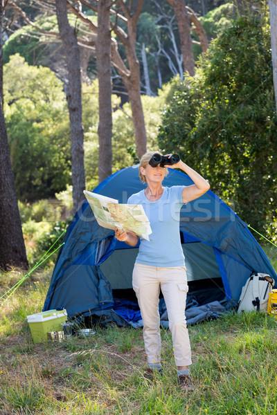 глядя бинокль лагерь природы Сток-фото © wavebreak_media