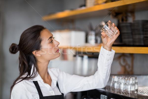 официантка небольшой стекла кафе женщину ресторан Сток-фото © wavebreak_media
