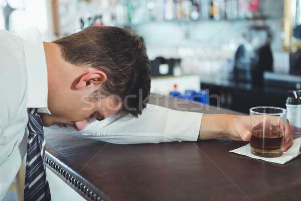 Dronken man slapen bar counter restaurant Stockfoto © wavebreak_media