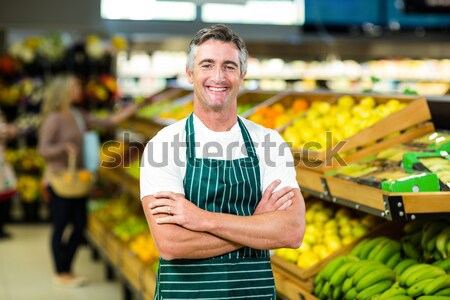 Zdjęcia stock: Człowiek · zakupu · warzyw · organiczny · sklep · wiklina