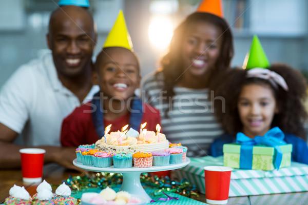 Portre aile doğum günü pastası ev kız kek Stok fotoğraf © wavebreak_media