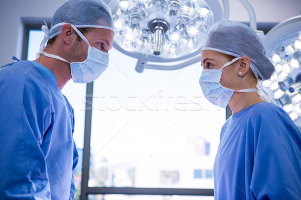 Chirurghi altro operazione teatro ospedale uomo Foto d'archivio © wavebreak_media
