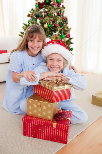Feliz irmão irmã natal presentes Foto stock © wavebreak_media
