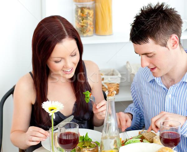 Zärtlich Paar Abendessen home Küche Stock foto © wavebreak_media