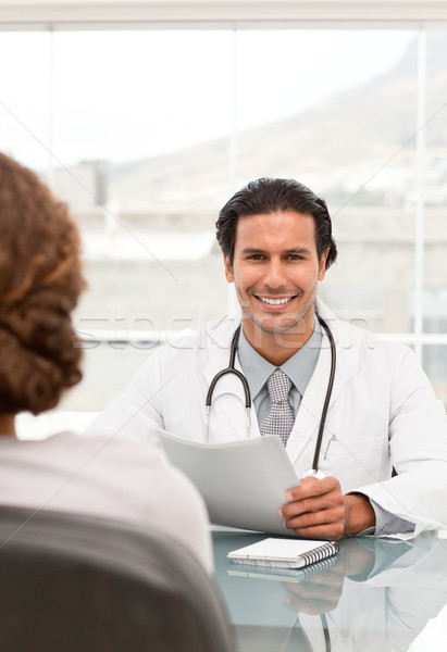 Pozitív orvos találkozó női beteg iroda Stock fotó © wavebreak_media