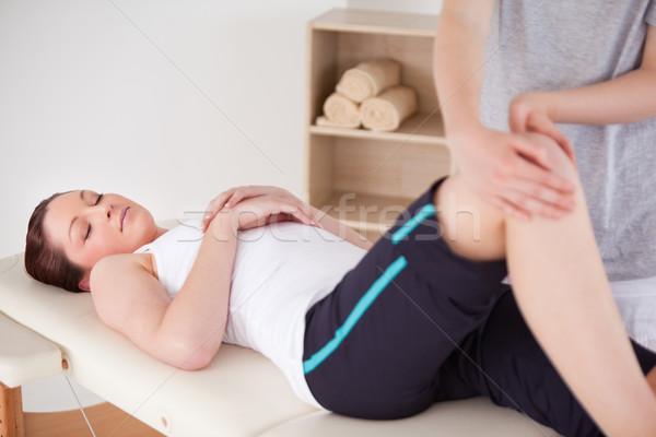 女性マッサージ師 膝 美人 女性 ボディ ジム ストックフォト © wavebreak_media