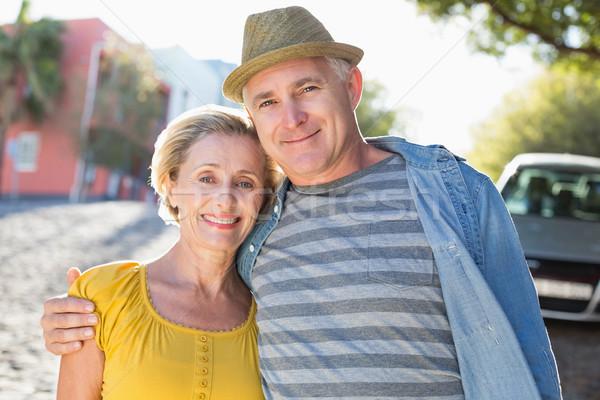 Boldog érett pár mosolyog kamera város Stock fotó © wavebreak_media