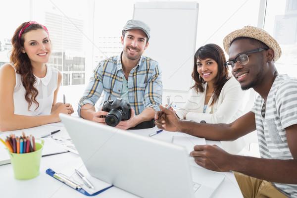 Glimlachend collega's werken digitale camera kantoor computer Stockfoto © wavebreak_media