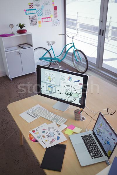 столе Creative служба Сток-фото © wavebreak_media