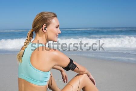 Portré nő testmozgás tengerpart napos idő buli Stock fotó © wavebreak_media