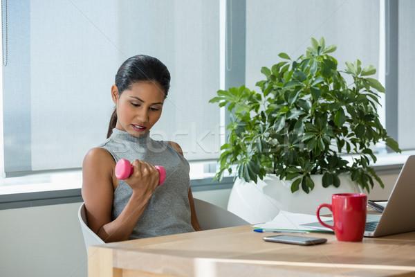 Yürütme egzersiz dambıl büro ofis iş Stok fotoğraf © wavebreak_media