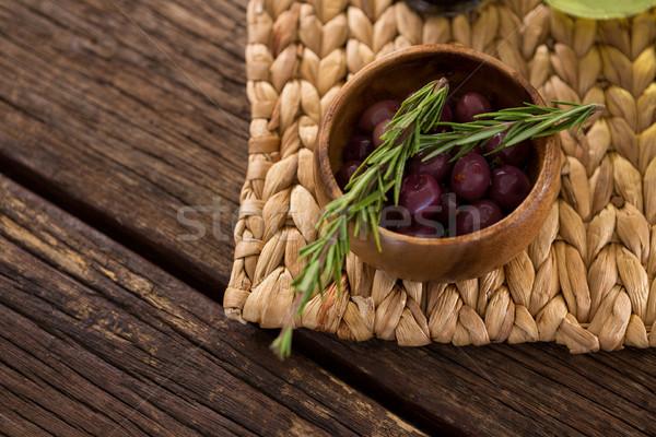 маринованный оливками чаши трава бамбук Сток-фото © wavebreak_media