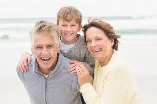 Többgenerációs család összes együtt tengerpart férfi tenger Stock fotó © wavebreak_media