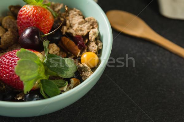 чаши завтрак злаки плодов черный Сток-фото © wavebreak_media