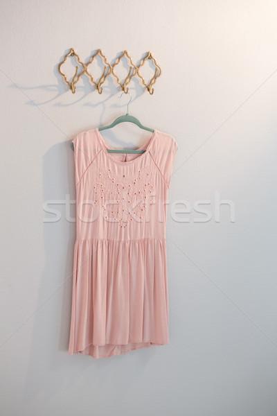 ドレス 絞首刑 フック 白 壁 ファブリック ストックフォト © wavebreak_media