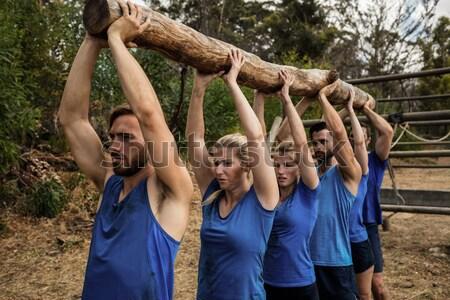 Kadın egzersiz yardım Stok fotoğraf © wavebreak_media