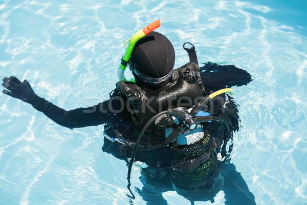 Stok fotoğraf: Genç · kadın · skuba · eğitim · portre · yüzme · havuzu · yüzme