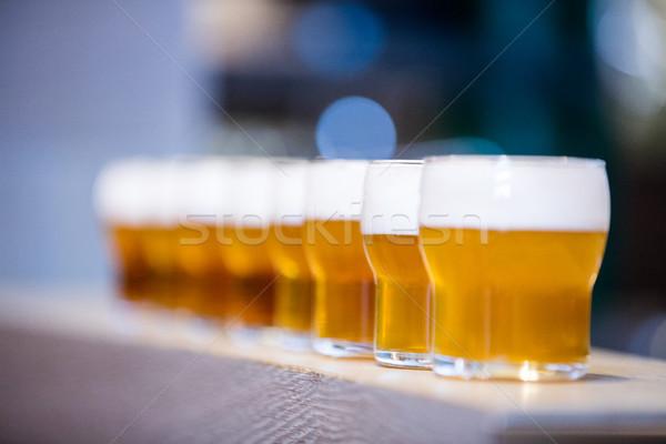 Bier bril counter restaurant Stockfoto © wavebreak_media