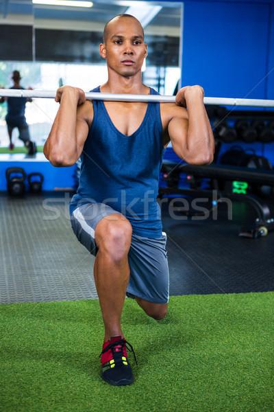 Man barbell fitness studio Stockfoto © wavebreak_media
