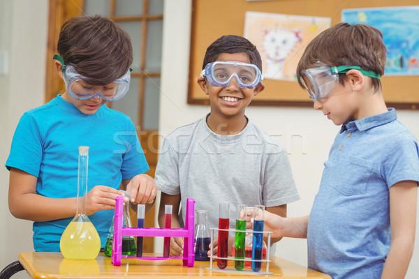 Bilim ders sınıf mutlu portre Stok fotoğraf © wavebreak_media