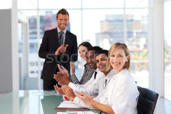 幸せ マネージャ 拍手 プレゼンテーション チーム ストックフォト © wavebreak_media