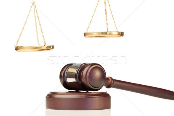 зафиксировано молоток масштаба правосудия белый Сток-фото © wavebreak_media