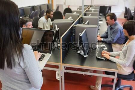 женщину преподавания компьютер класс Сток-фото © wavebreak_media
