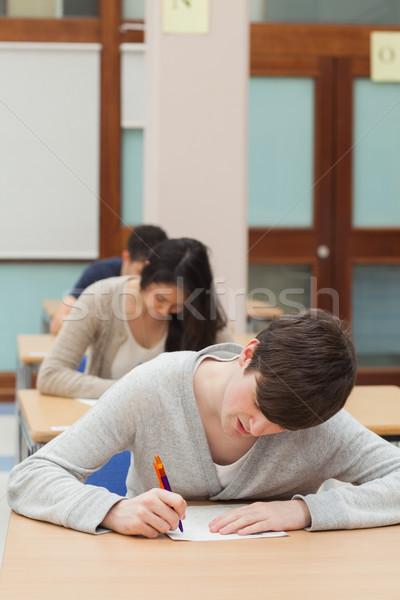 Stock fotó: Férfi · dolgozik · vizsga · papír · előcsarnok · munka