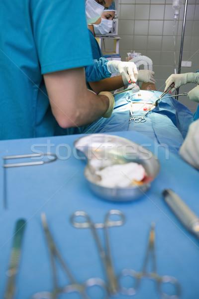 Csoport sebészek dolgozik sebészi férfi egészség Stock fotó © wavebreak_media