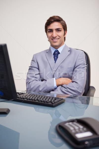 Portret zakenman vergadering jonge kantoor Stockfoto © wavebreak_media