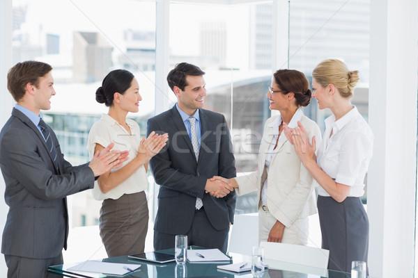 Handdruk zegel deal baan werving vergadering Stockfoto © wavebreak_media