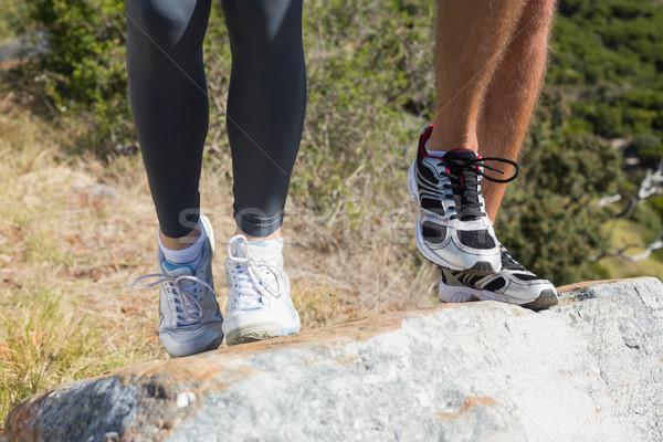Stockfoto: Geschikt · paar · jogging · omhoog · berg · parcours