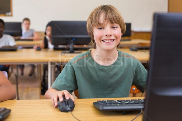 Cute computer klasse gelukkig technologie Stockfoto © wavebreak_media