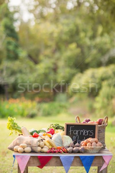 Tabela crescido legumes parque verde mercado Foto stock © wavebreak_media