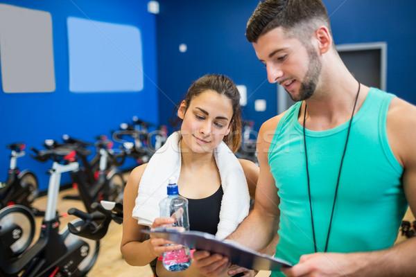 Atlet okuma antreman plan spor salonu Stok fotoğraf © wavebreak_media